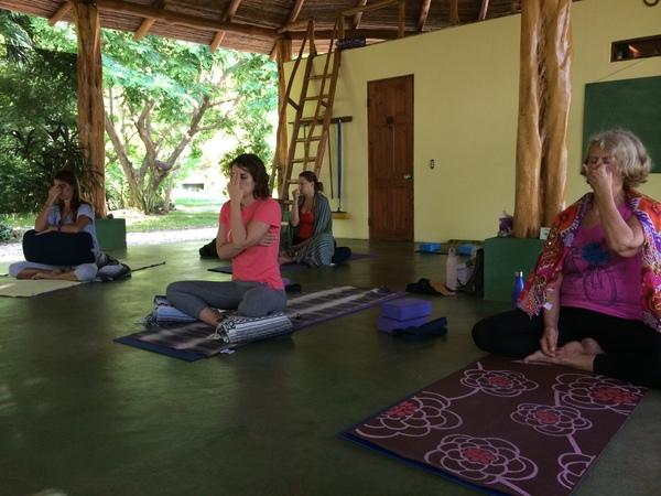 nadi-breathing-exercise-2